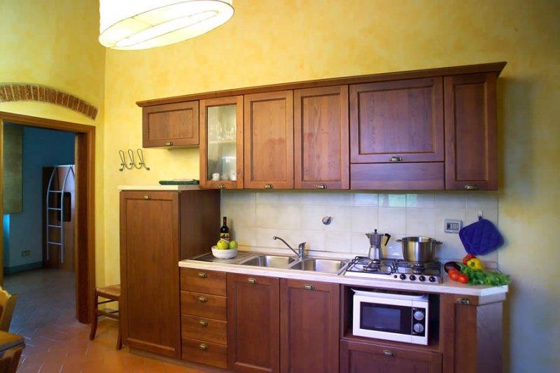 Caminetto with cucina con camino - Cucina con camino ...